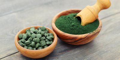 Essentielle Nährstoffe mit Spirulina und Seetang